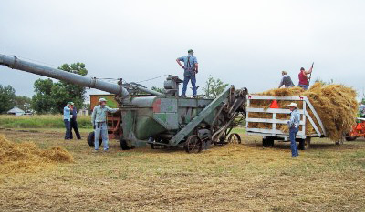 "Annual ""Threshing Bee"" - Clark SD"
